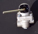 ruční regulátor tlaku